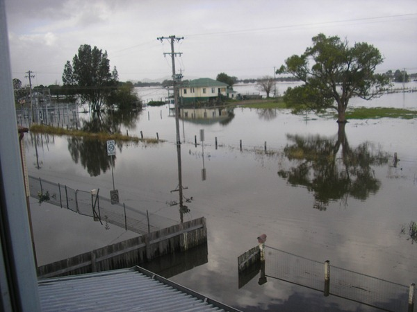 FLOODS MORE 048