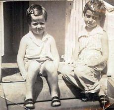 SUSAN AND LYNNE URUNGA 1950s