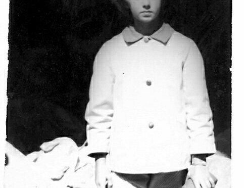 1964 – CAMPING AT CAVES AND BROWNIE BOX CAMERAS
